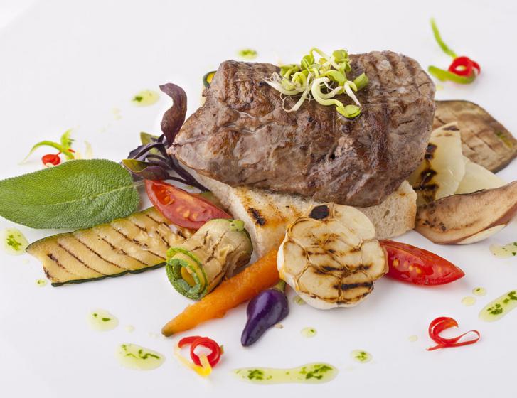Bock Jozsef-steak-Oszy-Toth Gabriel foto