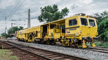 Budapest agglomerációjának legnagyobb forgalmú vasúti pályája újul meg