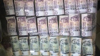 Miért mutogatta a pénzt, reklamált a lopós stoppos a rendőröknek