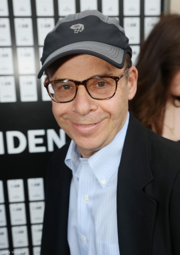 Moranis a felesége 1991-ben bekövetkezett halála után hagyott fel a színészettel, mert két gyerekükkel akart foglalkozni