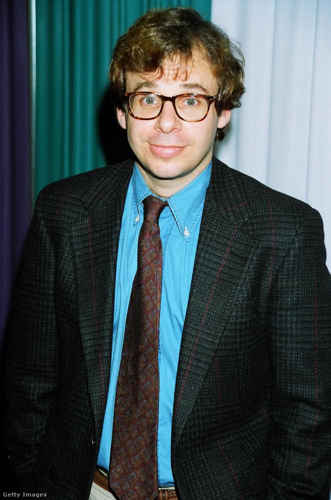 Rick Moranis a nyolcvanas években volt igazi vígjáték-sztár, a Drágám, a kölykök összementek-sorozatban és a Szellemirtókban annyira nagy hatást tett a közönségre, hogy bár 1997 óta nem vállalt szerepet, a mai napig fontos kulturális tényező - tavaly ősszel közfelháborodást keltett a hír, hogy megtámadták New Yorkban
