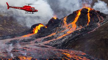 Kerékpárral és helikopterrel mennek a vulkánnézőbe