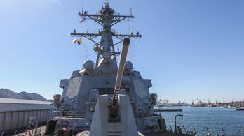 Megint lecsaptak az ufók az amerikai haditengerészetre