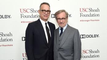 Tom Hanks és Steven Spielberg kivívta az angol falu haragját