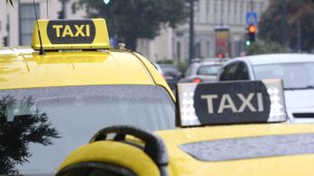 Taxival szöknek bevásárolni a karanténból