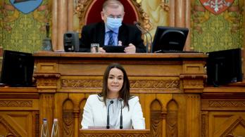 Novák Katalin: Hétfő éjfélig jelentkezhetnek oltásra a bölcsődei dolgozók