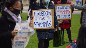 Nyugati katonai vezetők közösen ítélik el a mianmari hadsereg kegyetlenkedéseit