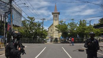 Öngyilkos merénylő robbantott egy indonéziai katolikus templomban