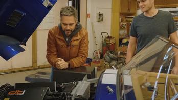 Magyar srácok invertere meg egy Cobra motortere