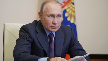 Putyin mellékhatásokra panaszkodott az oltást követően