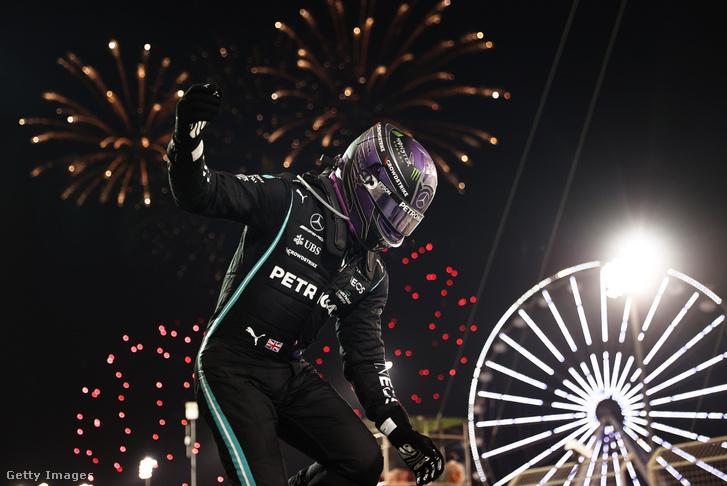 A hétszeres világbajnok győzelmével indult az idei F1-es szezon