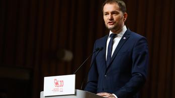 Lemondott a szlovák miniszterelnök, tisztséget cserél a pénzügyminiszterrel