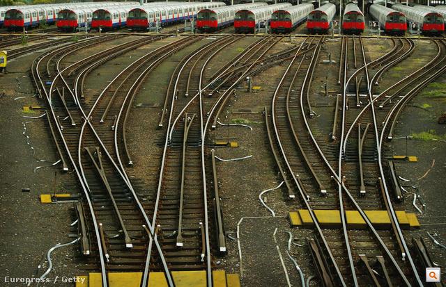 Nagyképes összeállításunk a londoni metróról