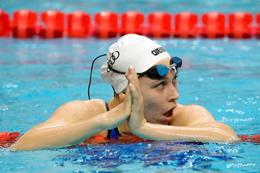 A győztes Veres Laura a 200 méteres gyorsúszás döntőjében az úszók országos bajnokságán a budapesti Duna Arénában 2021. március 27-én.