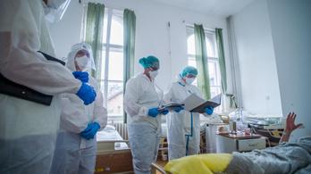 Magyar Orvosok Szakszervezete: Fiatalokkal vannak tele az intenzív osztályok