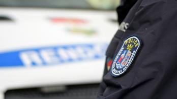 Buszról rángatott le egy nőt Budapesten, meg akarta erőszakolni