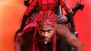 Már a rapper édesapja is látta a homoerotikus-sátánista klipet, amiben Lil Nas X az ördög ölében táncol