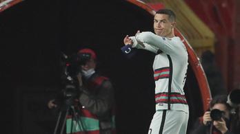 Mindig Cristiano Ronaldo lesz Portugália csapatkapitánya