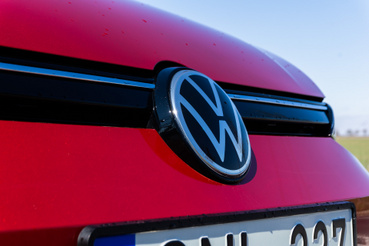 Ez pedig a Volkswagen új logója, egyszerűen kikapcsolták a Wordben a Boldot.