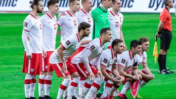 Vajon letérdelnek-e lengyelek az Anglia elleni mérkőzés előtt