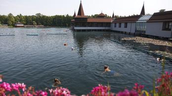 Megújul a Hévízi-tó környéke
