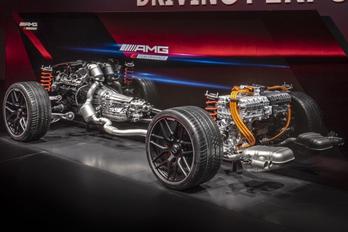 Nagyon erős hibrid hajtásokat ígér az AMG