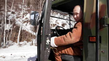 Lerántották a leplet az orosz elnök valódi arcáról: ezt csinálja Putyin szabadidejében