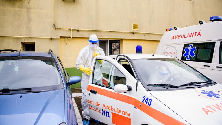 Románia: kevesebb fertőzött, de negatív csúcs az intenzív osztályokon