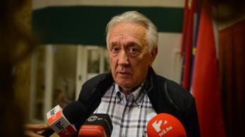 Védi magánszféráját Kovács László családja