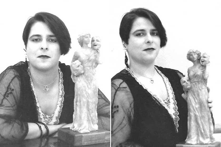 Fekete haj, csipkeruha, vörös rúzs. Lang Györgyi színésznőként még teljesen más stílust képviselt, mint a Pa-Dö-Dő énekesnőjeként.