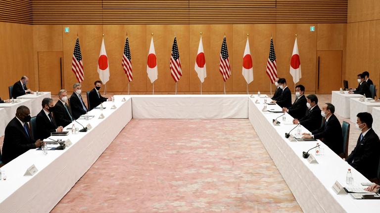 Japán attól tart, hogy szövetségesei kihagyják a buliból