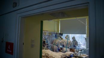 Egyre fiatalabbak kerülnek kórházba, folyamatosan nyílnak a Covid-osztályok a magyar kórházakban