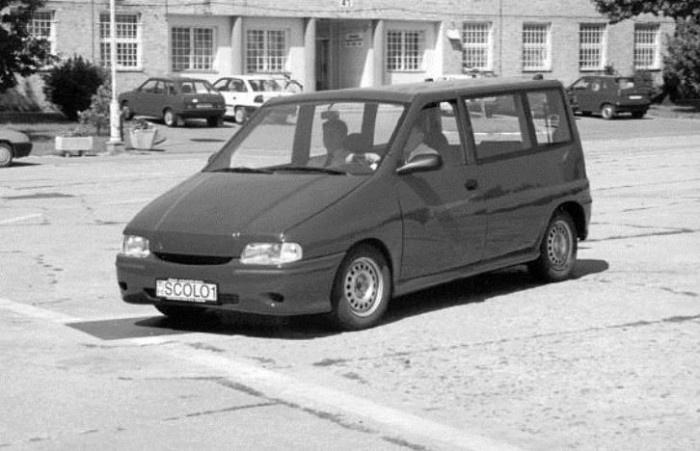 Az Ikarus Scolo1 egy felfújt Skoda Felicia kombira emlékeztet
