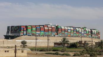 Az Ever Given nem hagyhatja el a Szuezi-csatorna területét