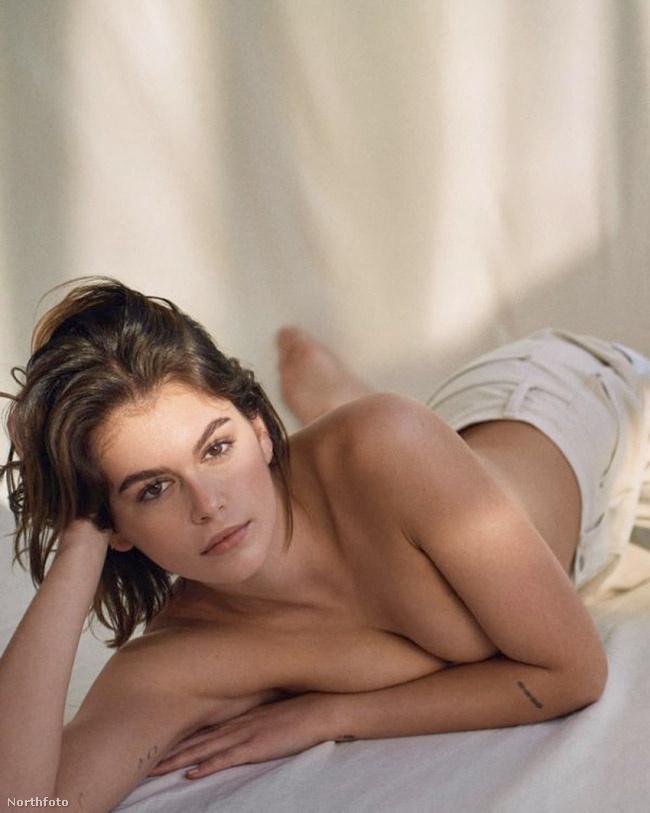 Cindy Crawford 19 éves modell-lányának képei ahogy a címben is írtuk, igazán visszafogottak, mégis szexik lettek.
