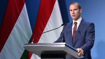Erősít a Fidesz: kampányt indít az oltásellenesek ellen