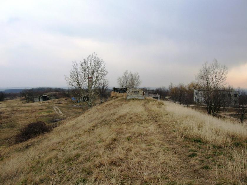 pécel bunker domb