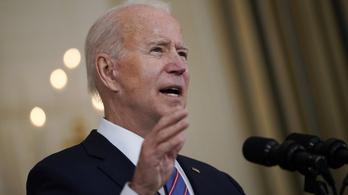 Joe Biden telefonon egyeztetett az ukrán elnökkel