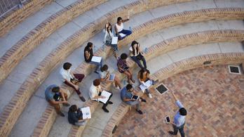 Újabb 11 egyetem kerül alapítványi fenntartásba