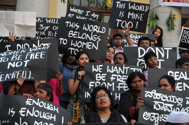 Indiában 2014-ben lesznek választások, az utcára vonult tüntetőknek sikerült elérniük, hogy a nők helyzetének kérdése most először biztosan megkerülhetetlen eleme legyen a kampánynak.