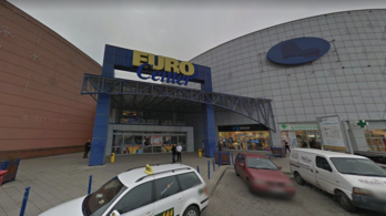 Megújul a budai bevásárlóközpont