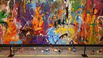 Véletlenül vandalizáltak egy félmillió dollár értékű festményt Szöulban