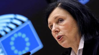 Vera Jourová: Valami nincs rendben a magyar demokráciával