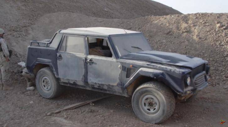 Udáj Husszein rossz állapotú Lamborghini LM002-ese.