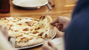 Erre a tavaszi, tejfölös pizzára egy kevés torma is került, és nem bántuk meg