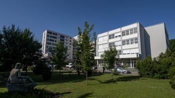 Dohányzó beteg okozta a tüzet a hatvani kórház Covid-osztályán