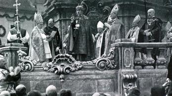 Húsvétkor, álruhában jött az utolsó magyar király, hogy visszaszerezze trónját