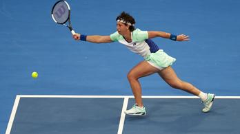 Az olimpiára edz a daganatos betegséggel kezelt teniszező