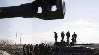 Orosz csapatösszevonások Ukrajna határain