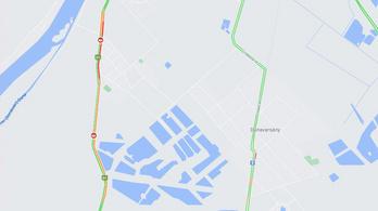 Négy autó ütközött össze Dunavarsánynál az 51-es úton